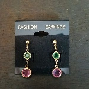 Jewelry - 5 for $25🤩 dangle post earrings